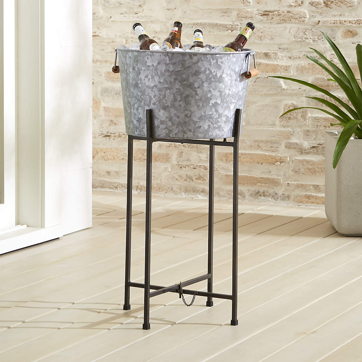 Picture of: Galvanized Beverage Tub With Black Stand Reviews Crate And Barrel