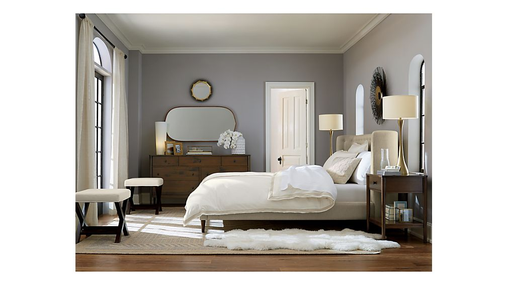 ... Gia Upholstered Queen Bed ...