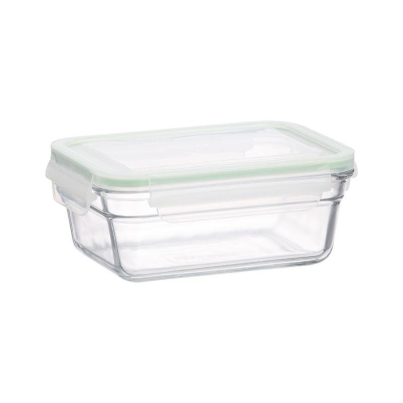 "Cook, serve and store in this green-minded, heat- and shatter-resistant tempered glass. Manufactured to withstand heavy use, ""ovensafes"" feature 100% airtight silicone seals and leak-proof lids.<br /><br /><NEWTAG/><ul><li>Tempered glass, polypropylene with a silicone seal</li><li>BPA free</li><li>Dishwasher-, freezer- and oven-safe up to 450 degrees</li><li>Microwave-safe without lid</li></ul>"