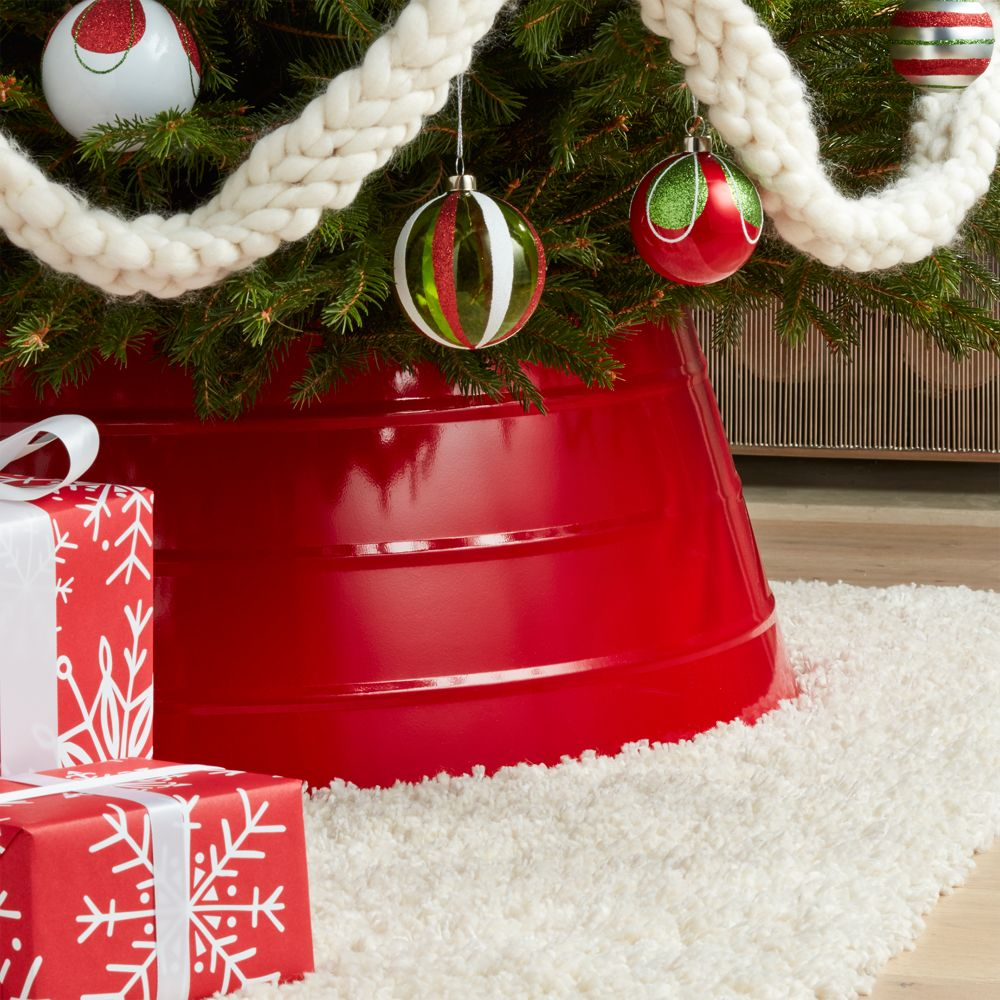 Glossy Red Tree Collar