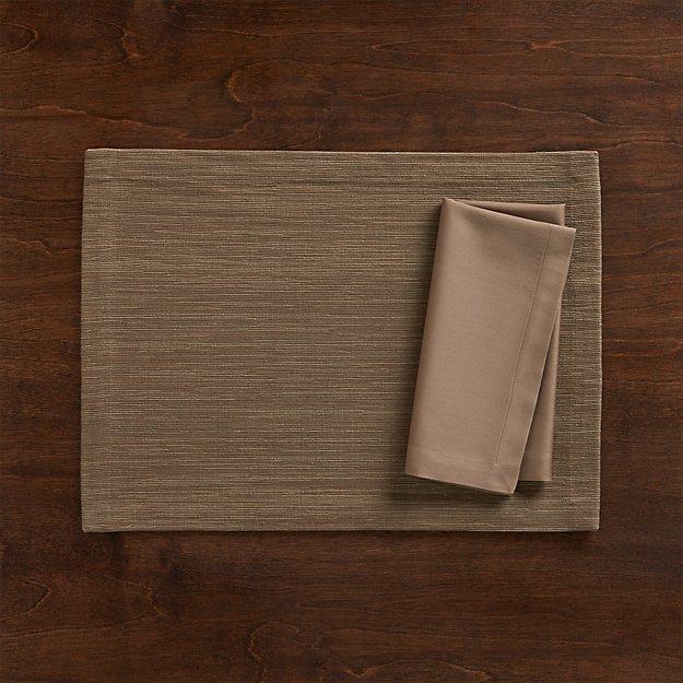 Grasscloth Brindle Placemat and Fete Brindle Cloth Napkin