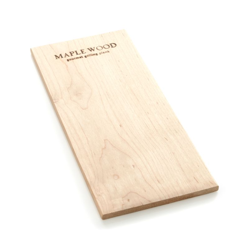 Impart a delicate, woodsy maple flavor to meat, seafood or vegetables while helping retain moisture. Pre-soaking the plank in wine, beer, cider or fruit juice adds even more flavor.<br /><br /><NEWTAG/><ul><li>Maple wood</li><li>Heat-safe to 350 degrees</li><li>Hand wash</li><li>Made in USA</li></ul>