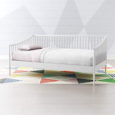 View testHampshire Spindle White Daybed