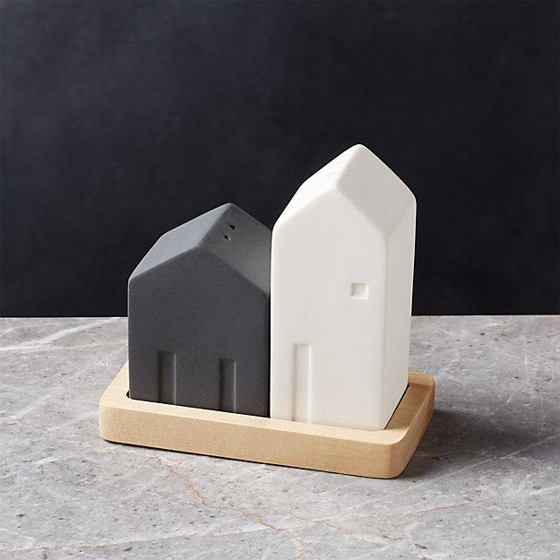 House Salt and Pepper Shaker Set
