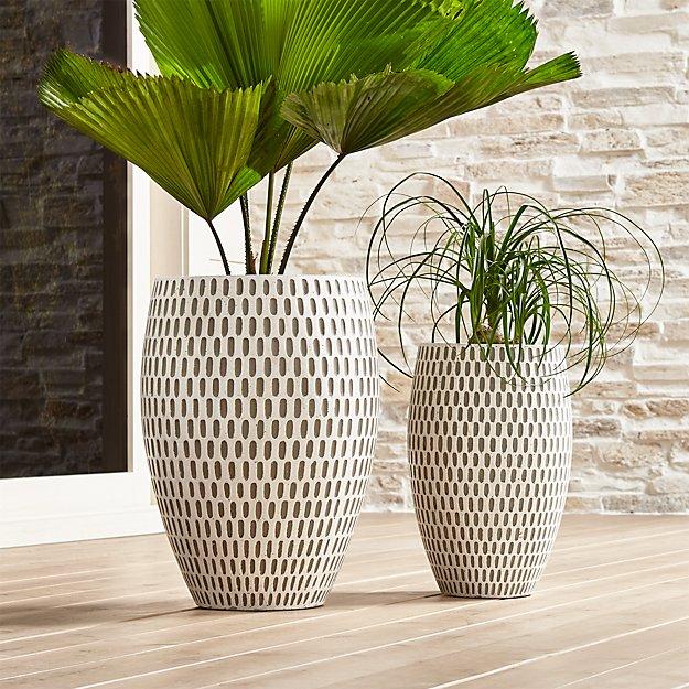 shoptagr howell planters by crate barrel. Black Bedroom Furniture Sets. Home Design Ideas