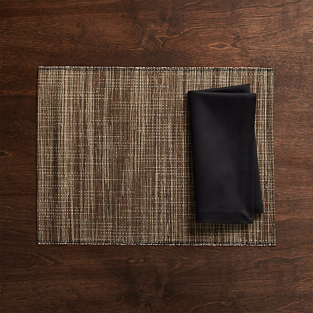 Jakarta Placemat and Fete Black Cloth Napkin