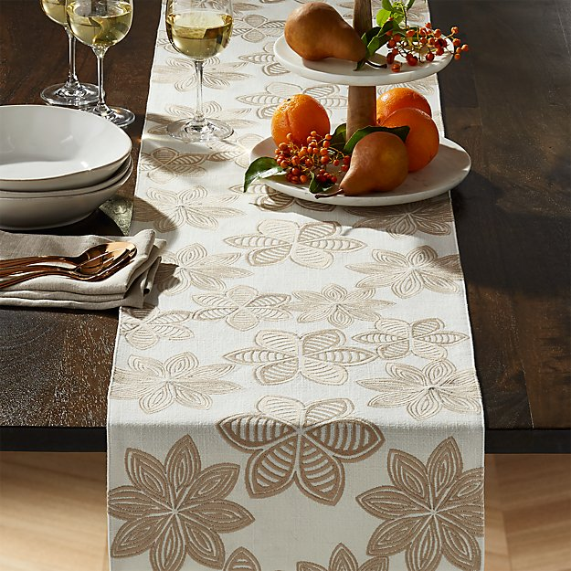 Joplin Embroidered Table Runner 90 Reviews Crate And Barrel