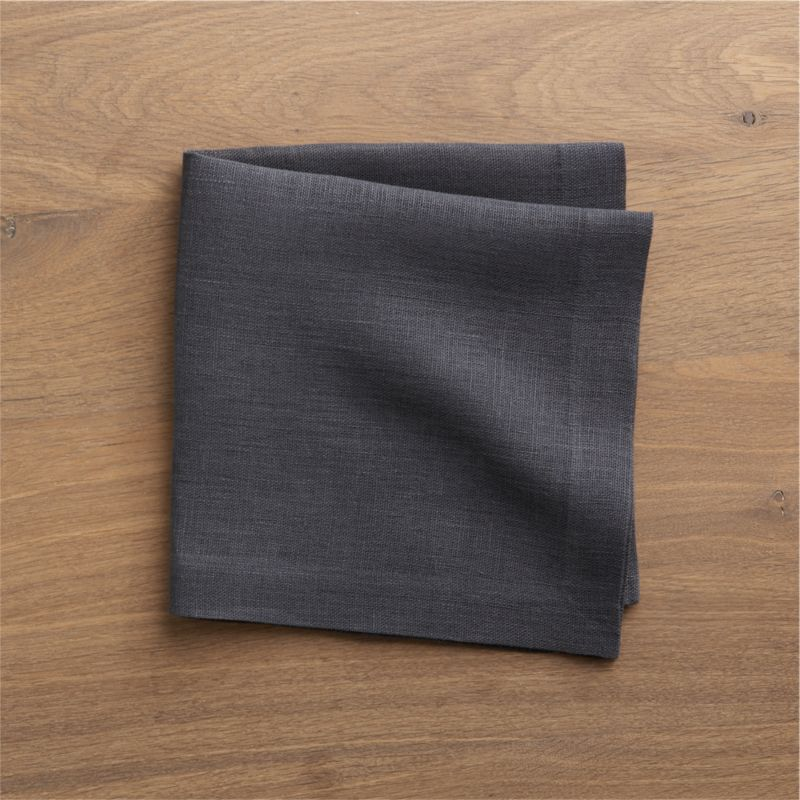 Heavier-weight linen napkin adds textural heft and versatile solid color to the casual table.<br /><br /><NEWTAG/><ul><li>100% linen</li><li>Machine wash, dry flat; warm iron as needed</li></ul>