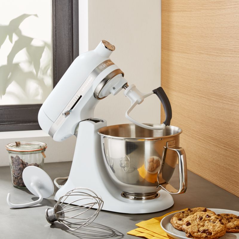 Superbe KitchenAid Artisan Matte White Mini Mixer With Flex Edge Beater + Reviews |  Crate And Barrel