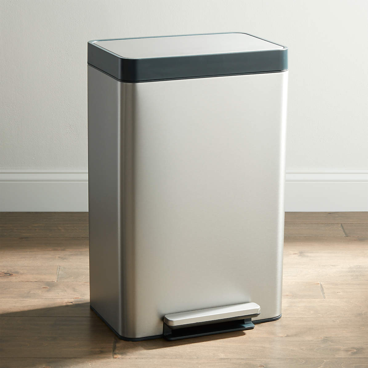 Picture of: Kohler Stainless Steel 13 Gallon Step Trash Can Reviews Crate And Barrel Canada