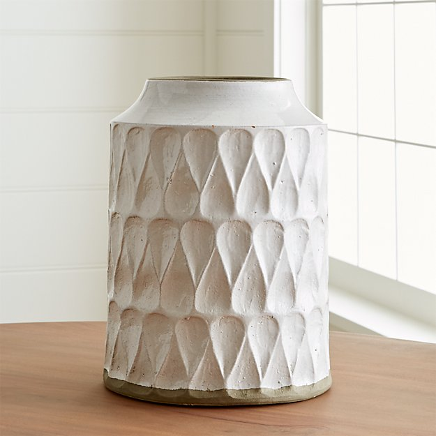 Kora White Textured Vase Reviews Crate And Barrel