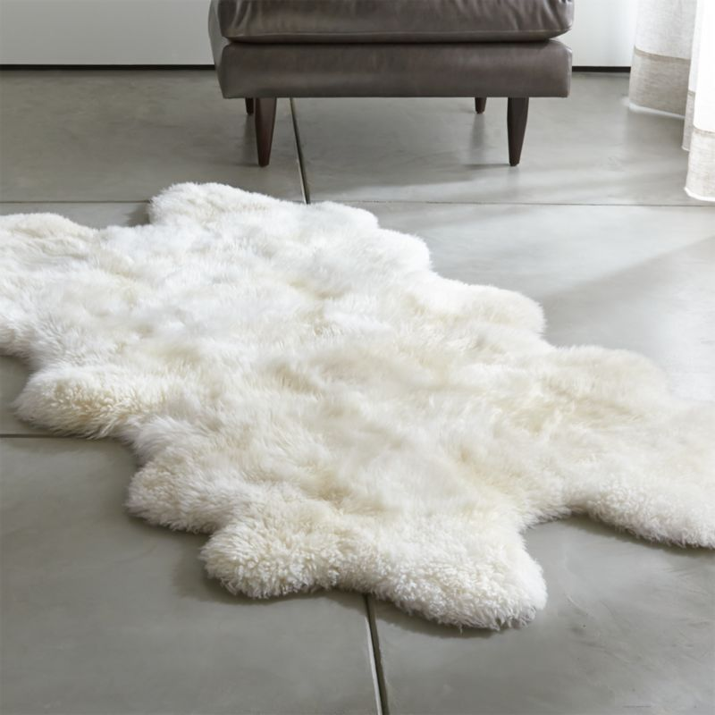 Sheepskin Ivory 42 X72 Throw Rug