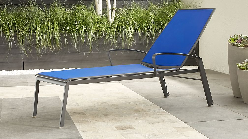 largo blue mesh chaise lounge