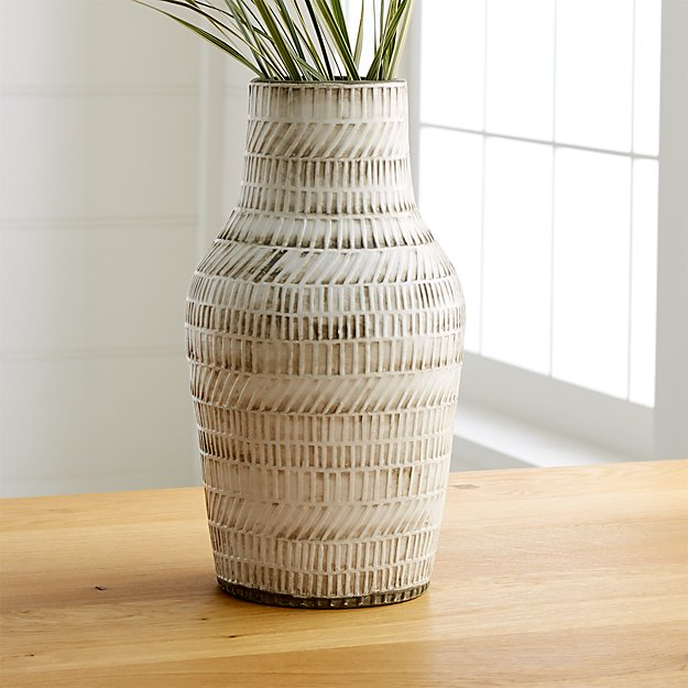 Lati Vase Reviews Crate And Barrel