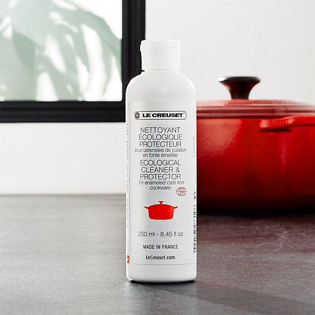 Le Creuset Cleaning Stains : Le creuset enameled cast iron cookware cleaner crate