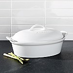 Le Creuset ® Heritage White 2.5-Qt. Covered Oval Casserole