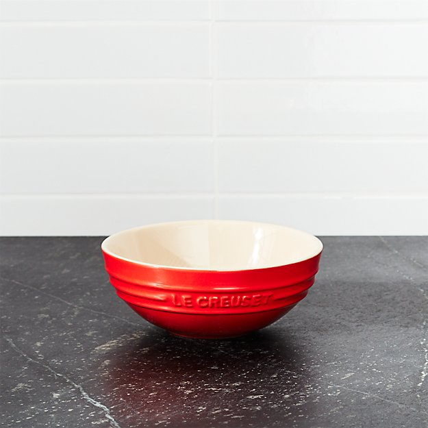 Le Creuset ® .6-Qt. Cerise Red Ceramic Multi Bowl