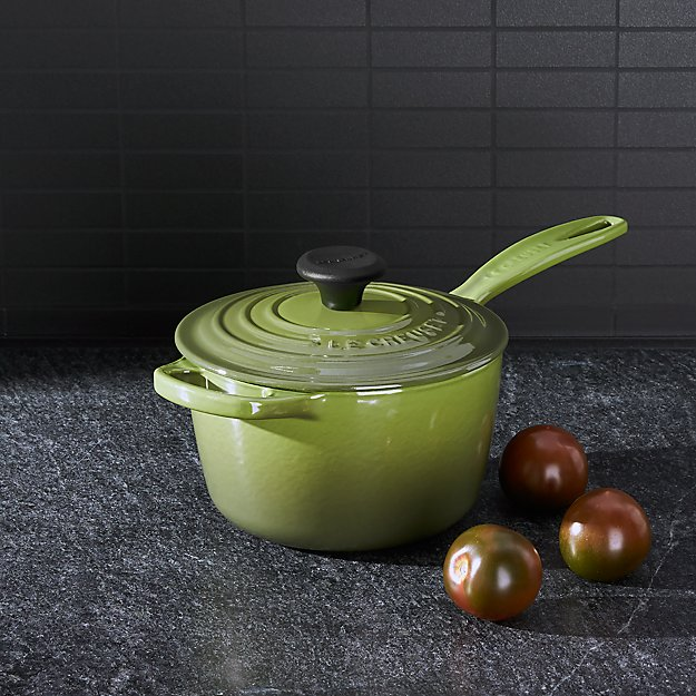 Le Creuset Signature 1 75 Qt Spinach Green Saucepan With Lid Reviews Crate And Barrel