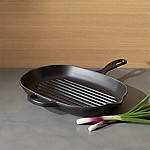 Le Creuset ® Signature Licorice Oblong Grill Pan