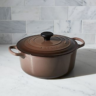 Le Creuset ® Signature 5.5-Qt. Round Truffle French Oven with Lid