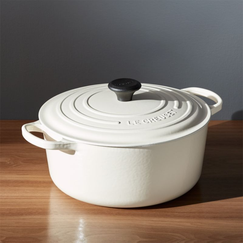 Le Creuset Signature 5 Qt Round Enameled Cast Iron Dutch Oven With Stainless Steel