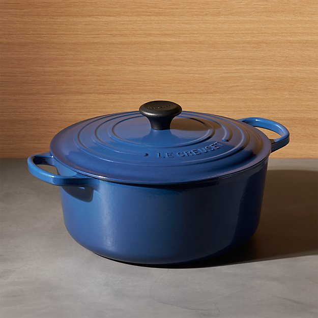 Le Creuset Signature 7 25 Qt Round Ink With Lid Reviews Crate And Barrel