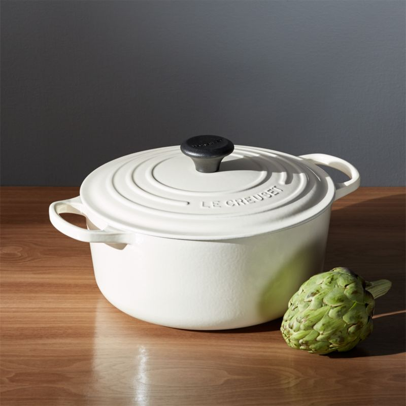 le creuset signature 5 5 qt round cream dutch oven with lid reviews crate and barrel. Black Bedroom Furniture Sets. Home Design Ideas