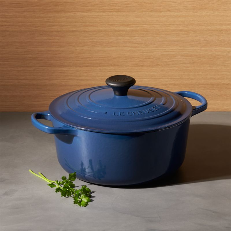Le Creuset Signature 725 Qt Round Ink Dutch Oven With Lid