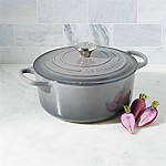 Le Creuset ® Signature 5.5-Qt. Oyster Round French Oven