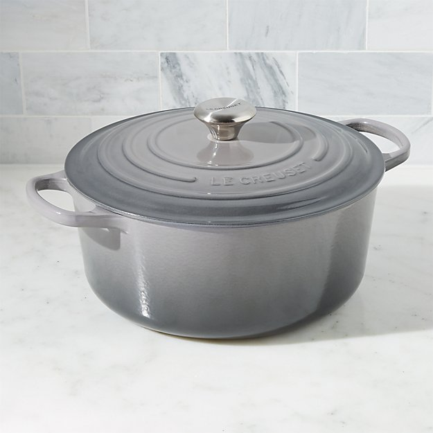 Le Creuset ® Signature 7.25-Qt. Oyster Round French Oven