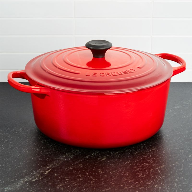 Le Creuset Signature 9 Qt Round Cerise Red Dutch Oven With Lid Reviews Crate And Barrel