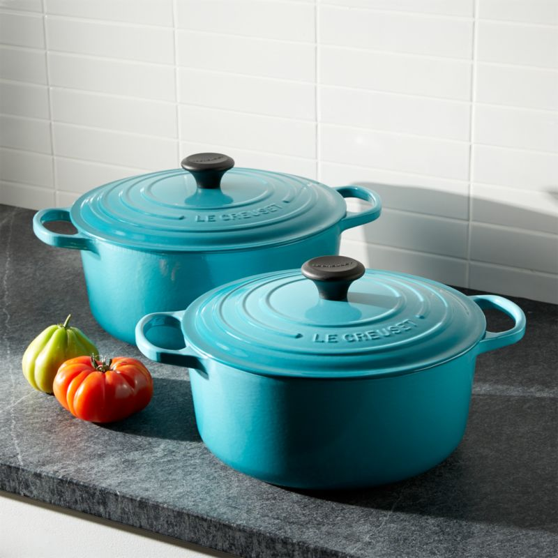 le creuset signature round caribbean dutch ovens crate and barrel. Black Bedroom Furniture Sets. Home Design Ideas