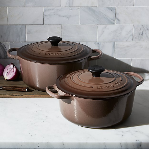 le creuset signature 5 5 qt round truffle dutch oven with lid in dutch ovens reviews crate. Black Bedroom Furniture Sets. Home Design Ideas