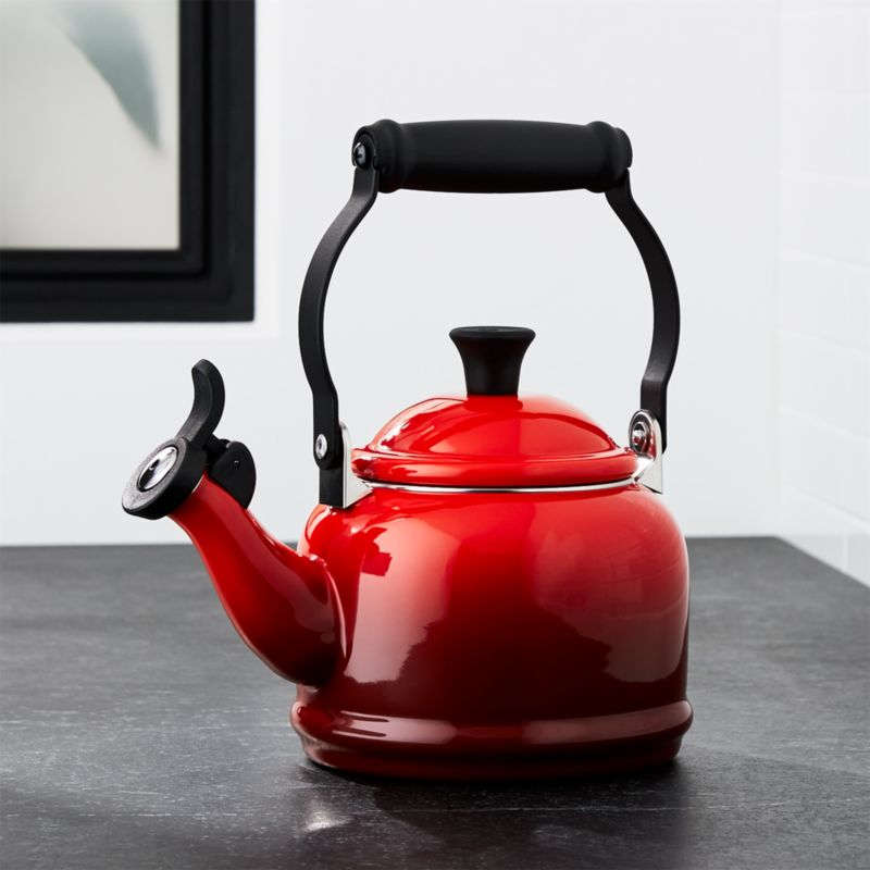 le creuset qt demi cerise red tea kettle reviews crate and barrel. Black Bedroom Furniture Sets. Home Design Ideas
