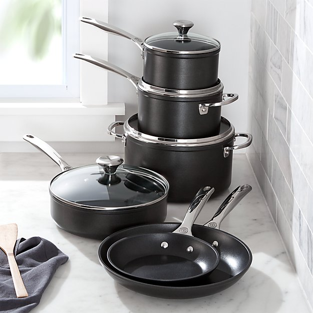 Le Creuset 10 Piece Toughened Nonstick Cookware Set Reviews Crate And Barrel