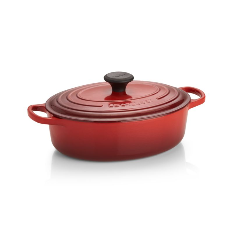 le creuset signature 3 5 qt cherry red oval dutch oven reviews crate and barrel. Black Bedroom Furniture Sets. Home Design Ideas