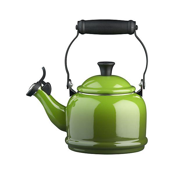 Le Creuset ® Spinach Teakettle