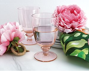 Lily Pink Wine Glass