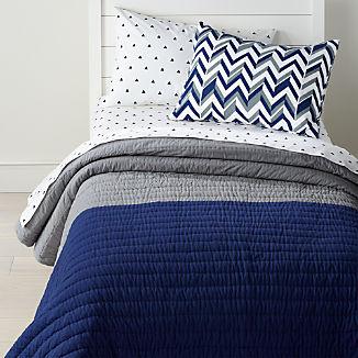 Little Prints Blue Quilt