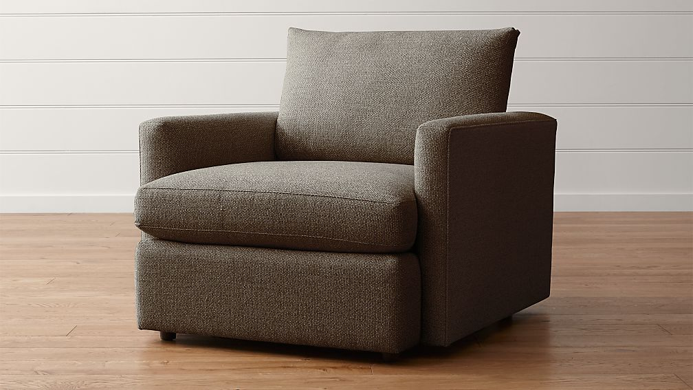 lounge ii petite chair reviews crate and barrel. Black Bedroom Furniture Sets. Home Design Ideas