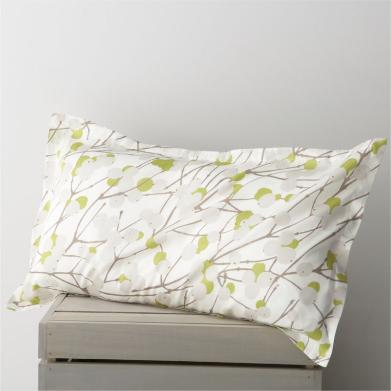 """Designed by Erja Hirvi in 2004, Lumimarja (""""snowberries"""") is a modern return to organic and natural design encapsulated elegantly in this Marimekko pattern. The snowberry, whose interior resembles crystalline snowflakes, is representative of the beauty that can be found throughout Finland's vast wilderness. Matching pillow sham has a 1"""" flange and generous back flap closure. Bed pillows also available.<br /><br /><NEWTAG/><ul><li>Pattern designed by Erja Hirvi; 2004</li><li>100% cotton sateen</li><li>300-thread-count</li><li>Machine wash cold</li><li>Made in Pakistan</li></ul>"""