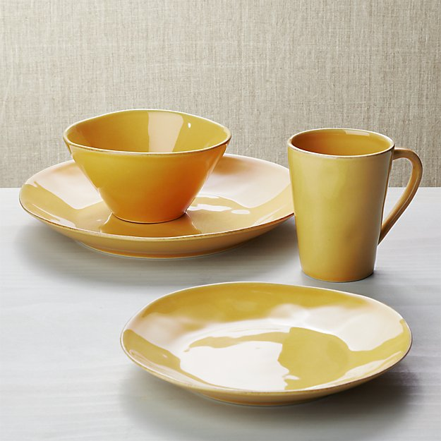 Marin Gold 4-Piece Place Setting