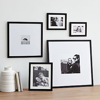 Nice 5 Piece Matte Black Picture Frame Set