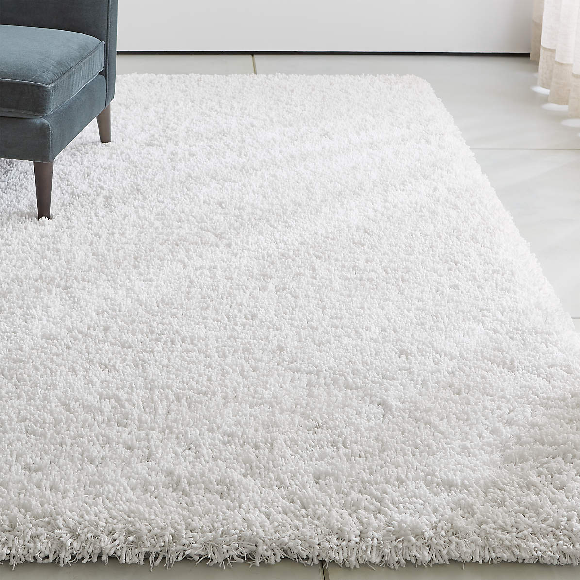 Picture of: Memphis White Shag Rug Crate And Barrel