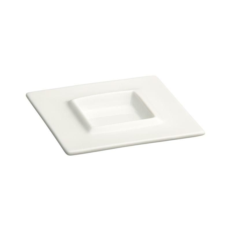 Stylish geometric with raised inner rim adds professional polish to condiments and small bites.<br /><br /><NEWTAG/><ul><li>Porcelain</li><li>Dip glazed</li><li>Dishwasher-, microwave-, oven- and freezer-safe</li></ul>