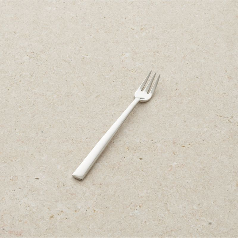 Ultimate flexibility in flatware. Customize your flatware collection with the pieces you need. This polished flatware is smooth in the hand with nice quality and weight.<br /><br /><NEWTAG/><ul><li>18/8 stainless steel</li><li>Dishwasher-safe</li><li>Made in China</li></ul>