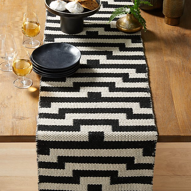 Mohave Lines 90 Jacquard Table Runner