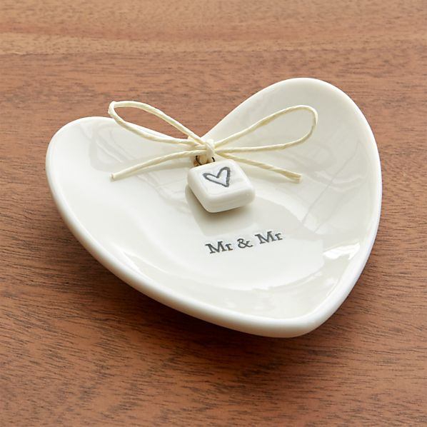 Mr. and Mr. Ring Dish