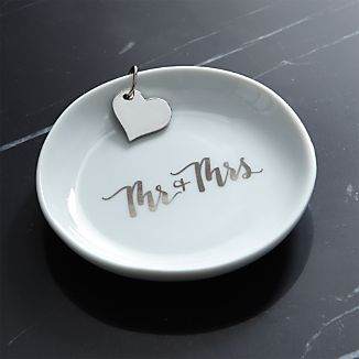 Mr. and Mrs. Ring Dish