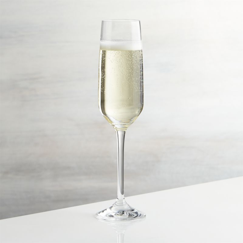 Nattie's tulip-shaped bowls square up just a bit to put a modern angle on classic glassware. Machine-made to look handcrafted, these glasses are a great value and available in a range of shapes to bring out the best of red, whites and sparkling wines.<br /><br /><NEWTAG/><ul><li>Glass</li><li>7 oz.</li><li>Dishwasher-safe</li><li>Made in Slovakia</li></ul>